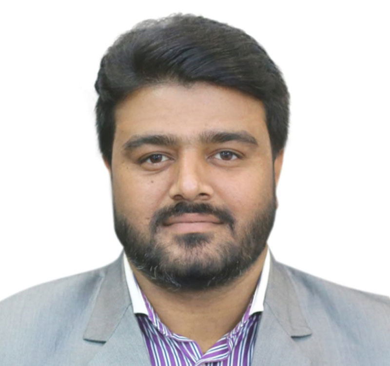 https://mavens.pk/wp-content/uploads/2021/06/rahim-kamal.jpg