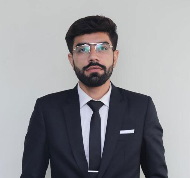 https://mavens.pk/wp-content/uploads/2021/06/sufiyan-altaf.jpg
